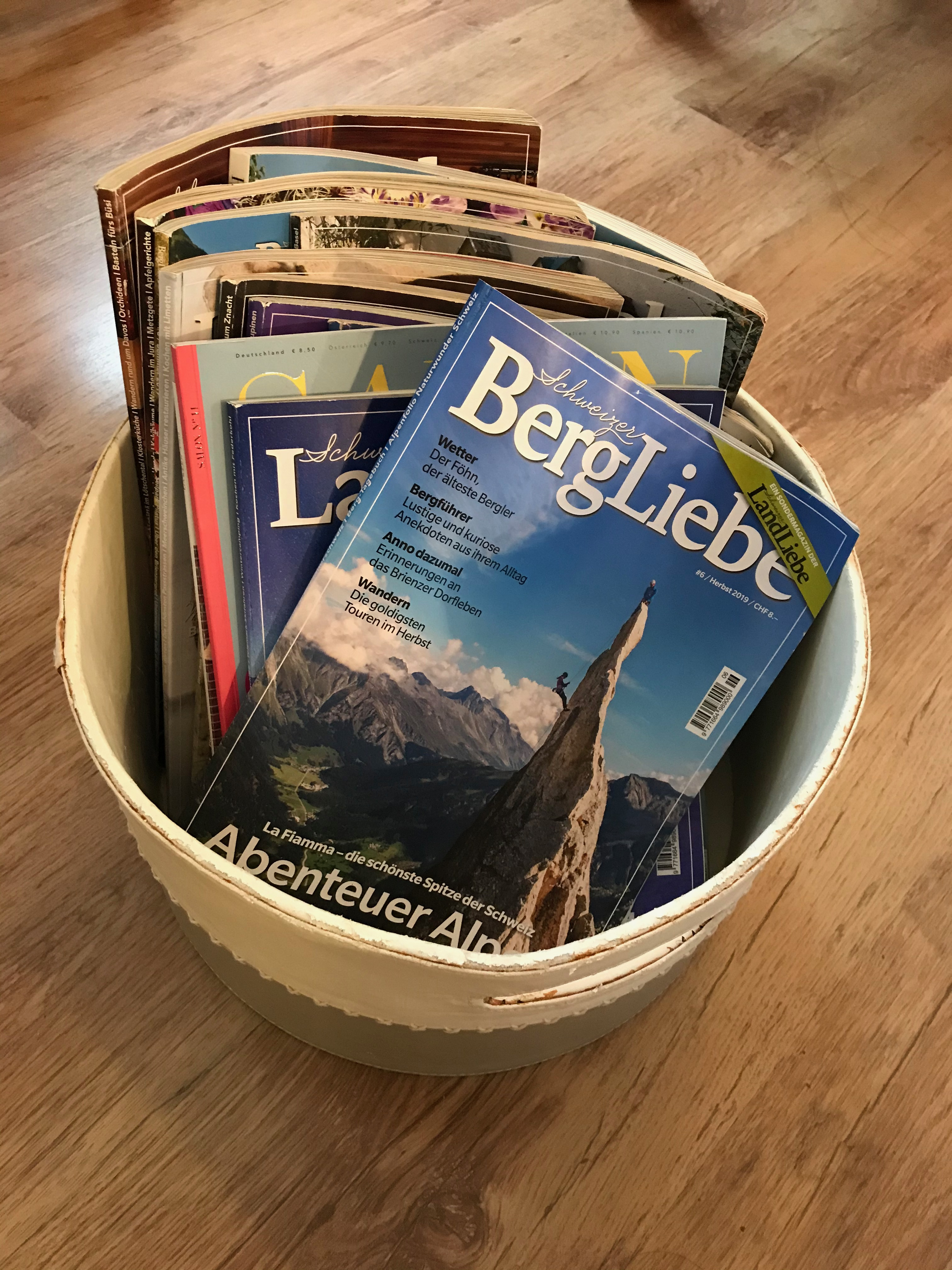 Magazines and books for you to relax and enjoy